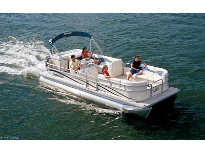 Nice Spacious Godfrey Sweetwater 22′ Cruise Pontoon